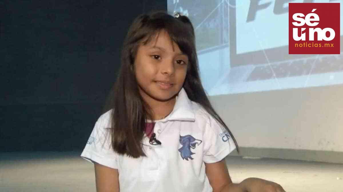 Adhara, la niña mexicana que es más inteligente que Albert Einstein y Stephen Hawking