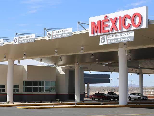 SAT embarga 58 kg de cocaína y una guitarra fabricada con sustancia ilícita en Cancún