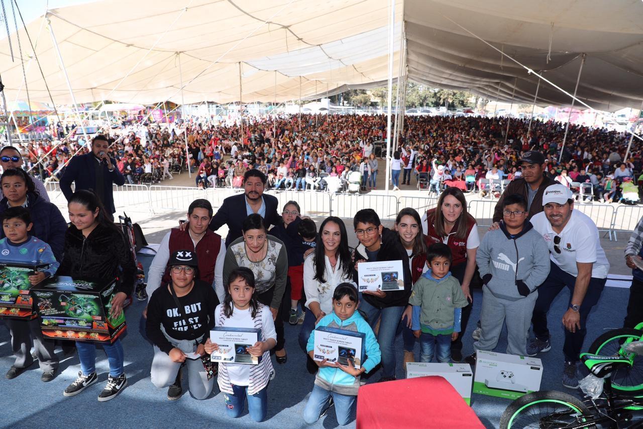 En Metepec velan por el bienestar de la niñez