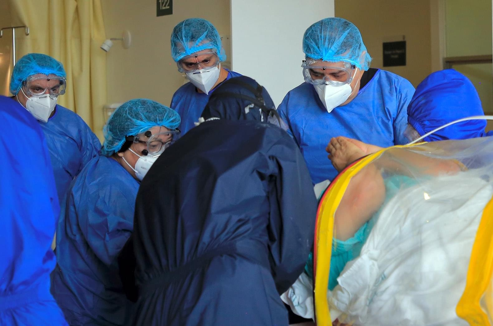 Mueren 334 personas en menos de 24 horas por Covid19 en México