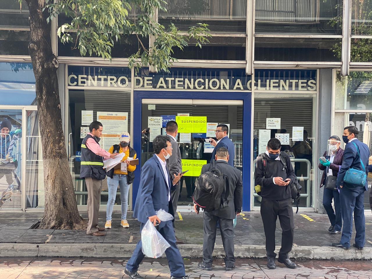 Suspende locales de Telcel y Banamex del Centro Histórico de Toluca