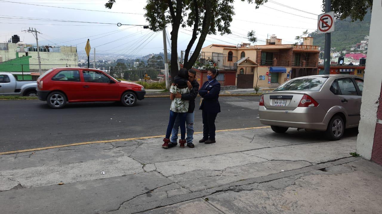 Menores de edad huyen de casa porque su familia se oponía a su amor; fueron localizados en Toluca