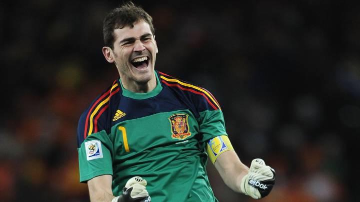 Iker Casillas anuncia su retiro del futbol a los 39 años