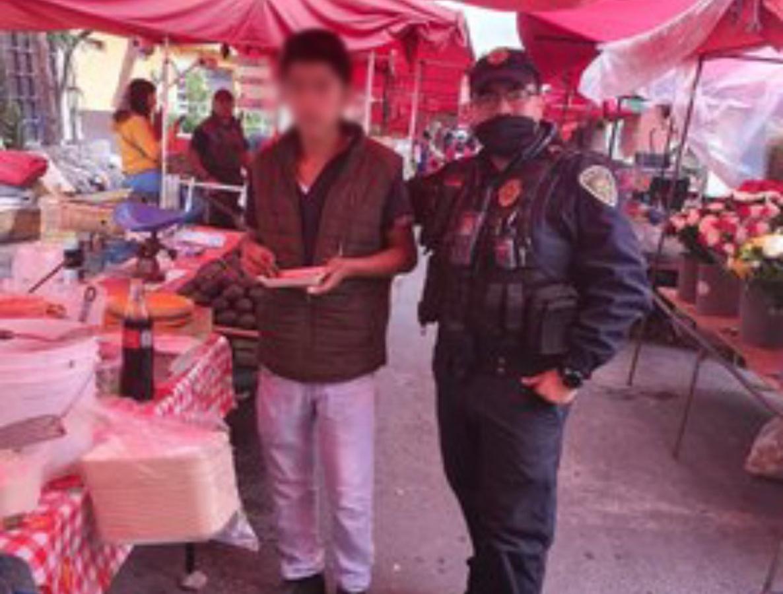 Policías evitan que un joven se suicidara y lo invitan a desayunar