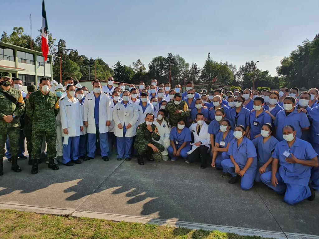 Doctora que brinda atención a pacientes de Covid-19 y 11 jóvenes más ganan presea al mérito que otorga el gobierno de Ecatepec