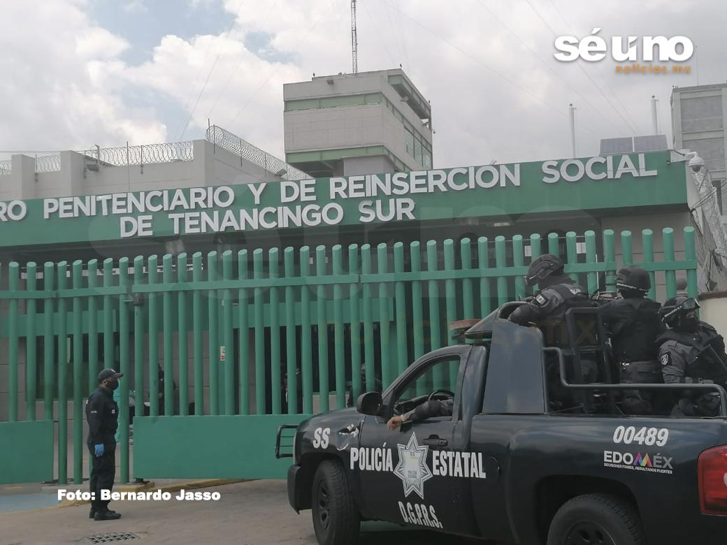 Por presuntas torturas; retienen a 2 custodios del penal de Tenancingo