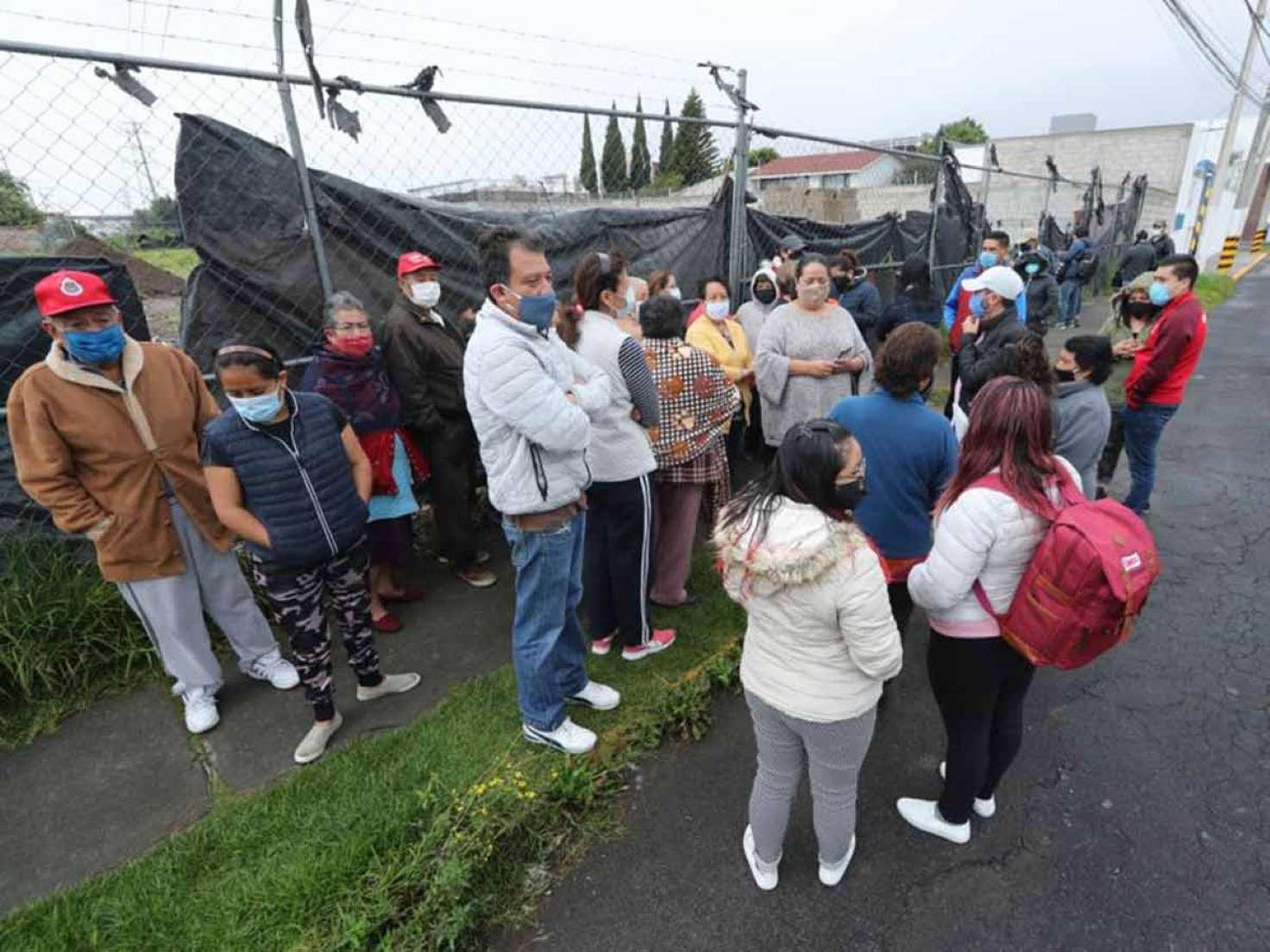 Vecinos clausuran cuatro gaseras de Gas Imperial en Toluca