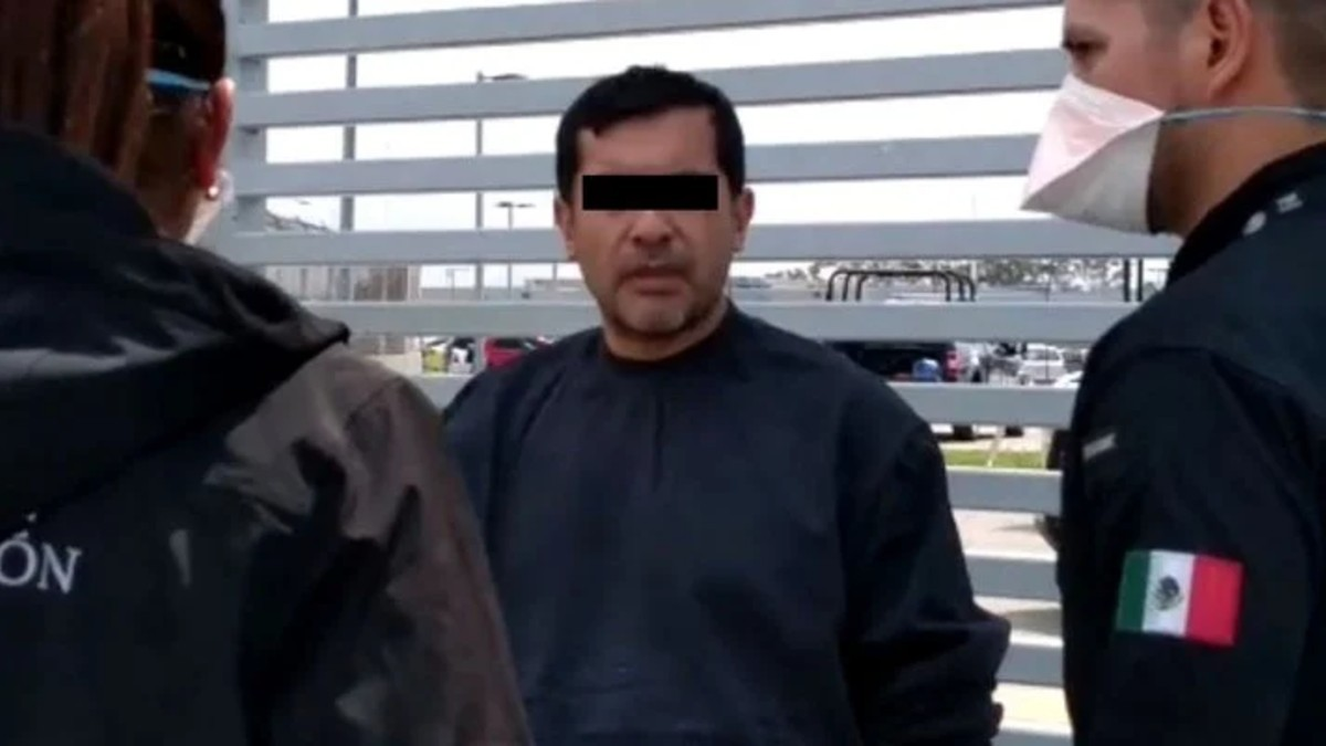 Cumplimentan orden de captura contra abogado del 'Mochomo'