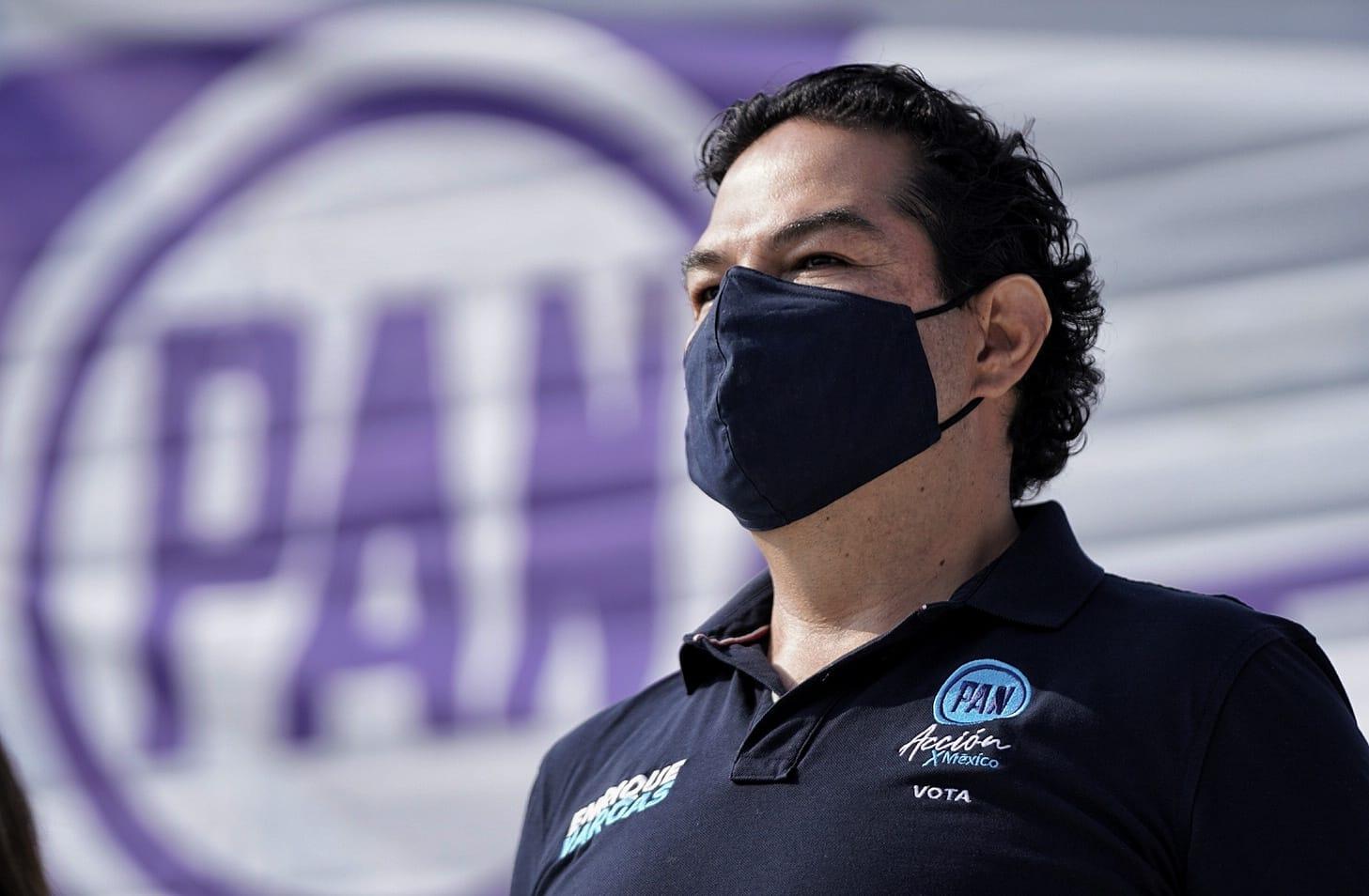 Reta Enrique Vargas a Higinio Martínez a renunciar a su curul si el pan gana Huixquilucan