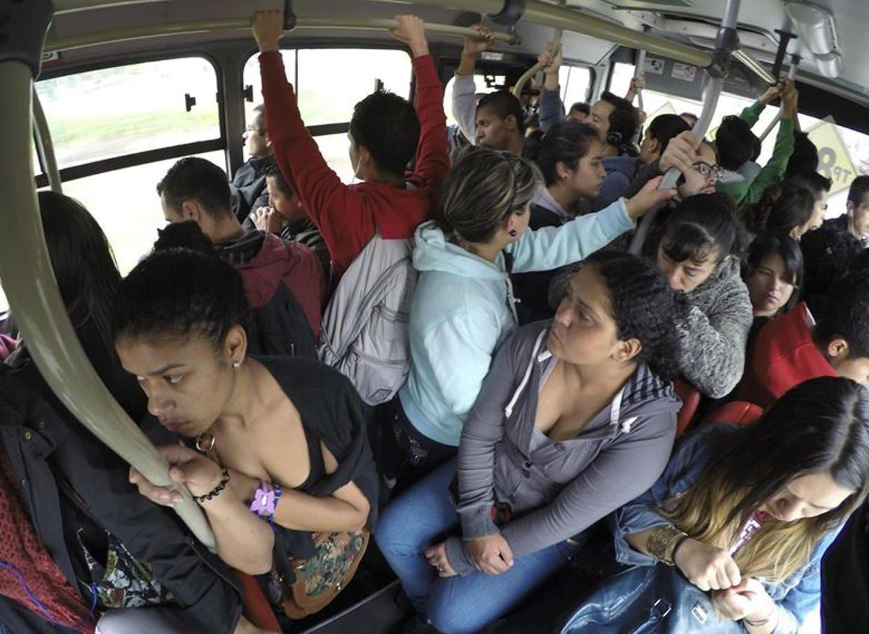 INEGI revela que más de un millón de mexicanos se tardan dos horas en llegar a sutrabajo