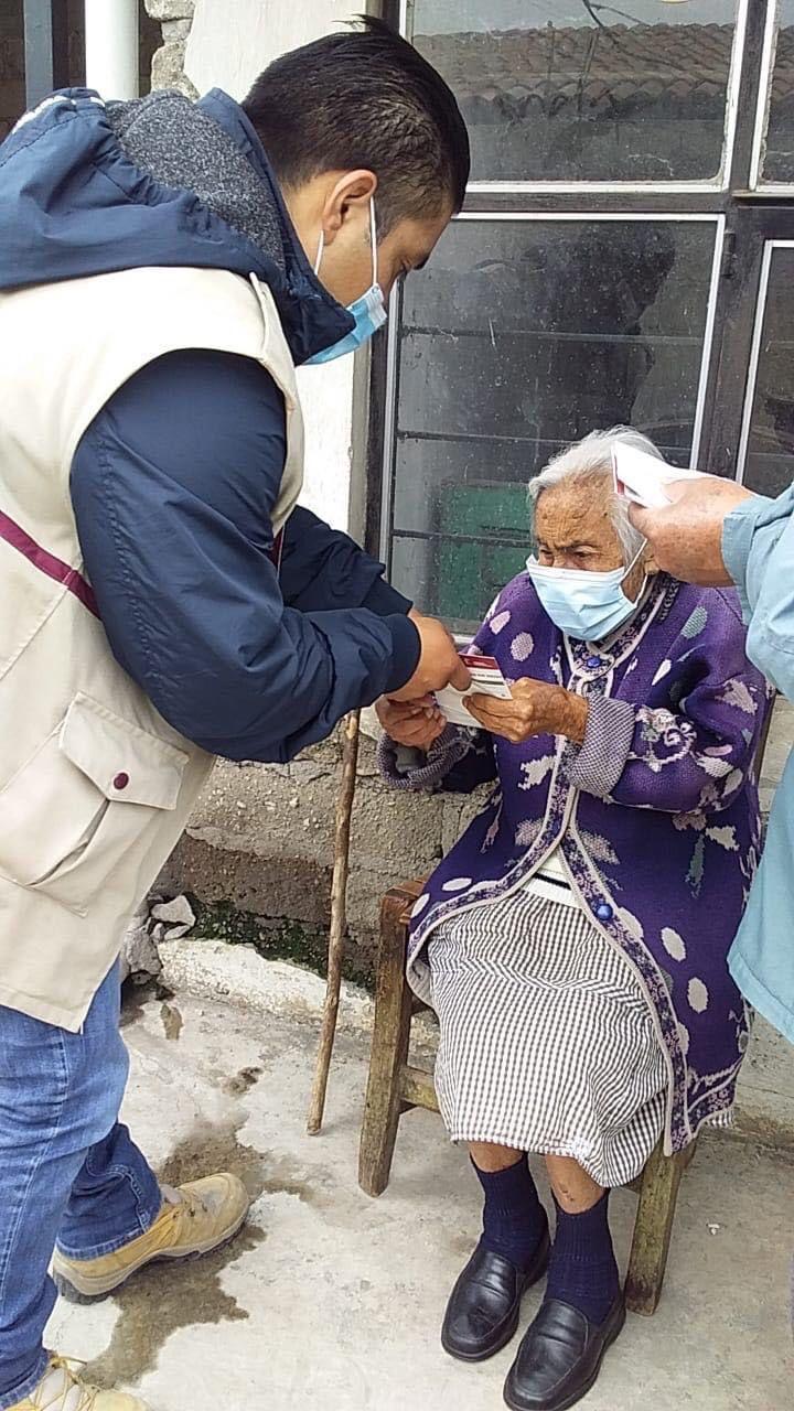 Priorizamos la salud de los adultos mayores colaborando en la entrega casa por casa de la pensión para el bienestar: Gaby Gamboa