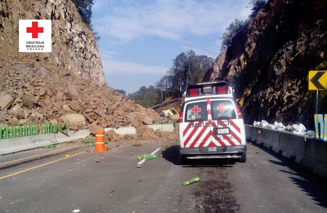 Cierre total de la nueva autopista Toluca-Naucalpan tras derrumbe