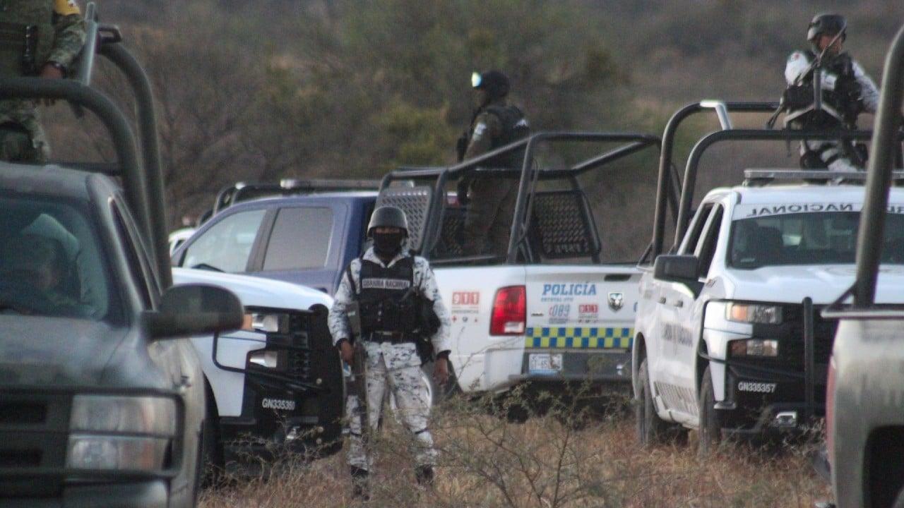 Fosa clandestina es hallada con 90 bolsas con restos humanos en Jalisco