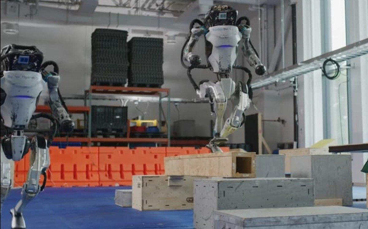 """#VIDEO El es """"Atlas"""", el robot que alcanza niveles de agilidad que muchos humanos no podemos"""