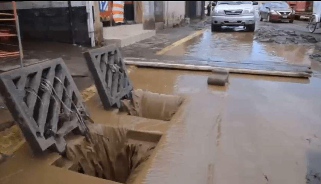 #VIDEO Casas de Chalco se inundan tras ruptura de canal