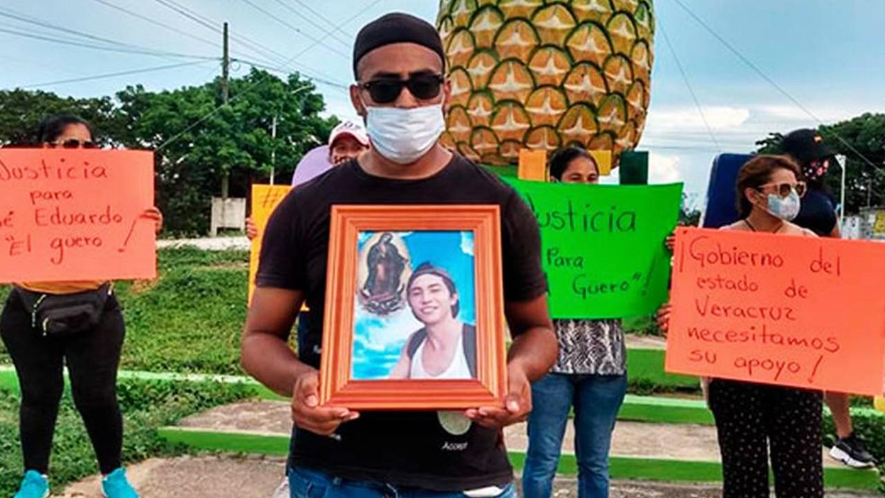 FGR exhuma el cuerpo de José Eduardo, asesinado por policías