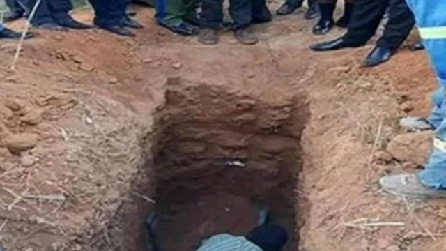 Pastor cristiano es enterrado vivo; dijo que volvería en 3 días como Jesús
