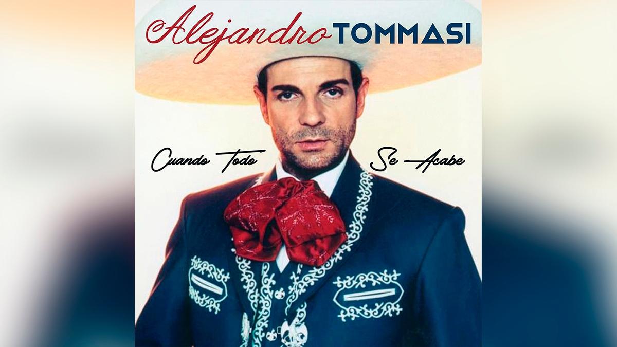 Alejandro Tomassi no quita el dedo del renglón acerca de ser cantante