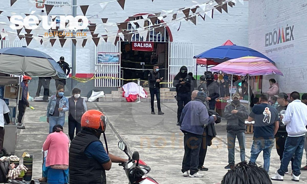 Hallan cuerpo de un hombre en Popular Mercado de Toluca
