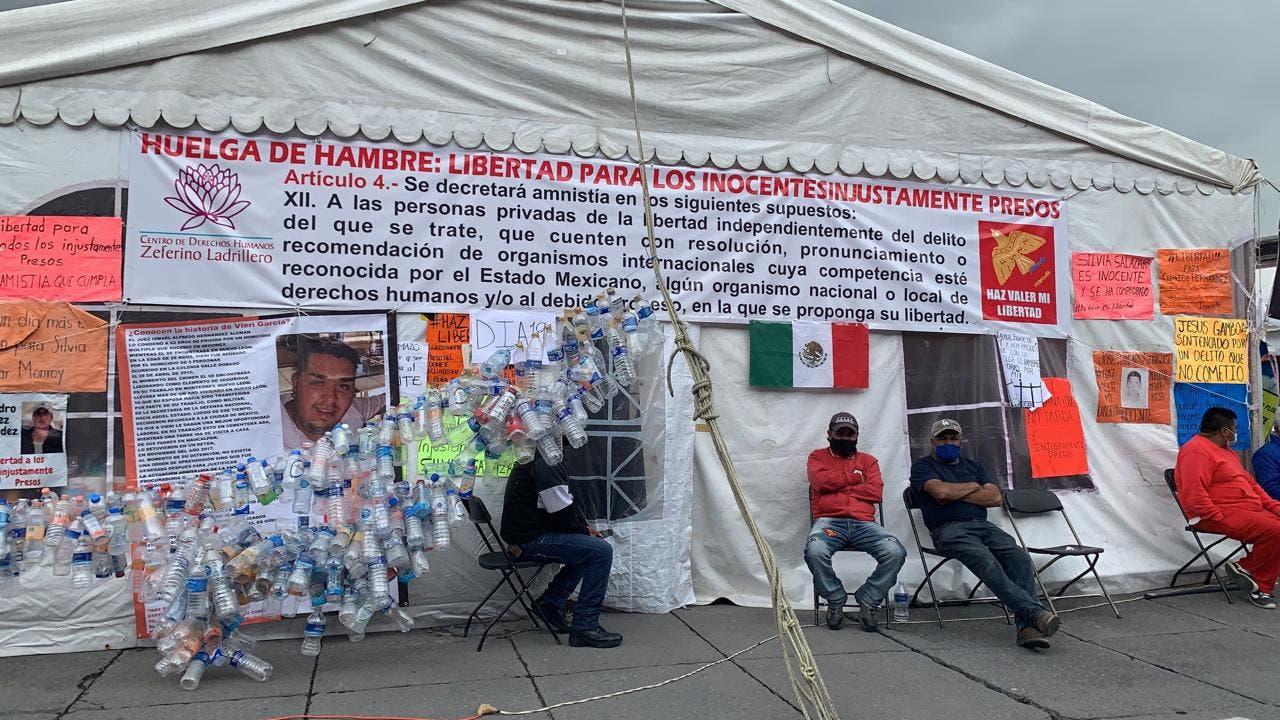 Mujeres son enviadas a hospitales tras permanecer 19 días en huelga de hambre