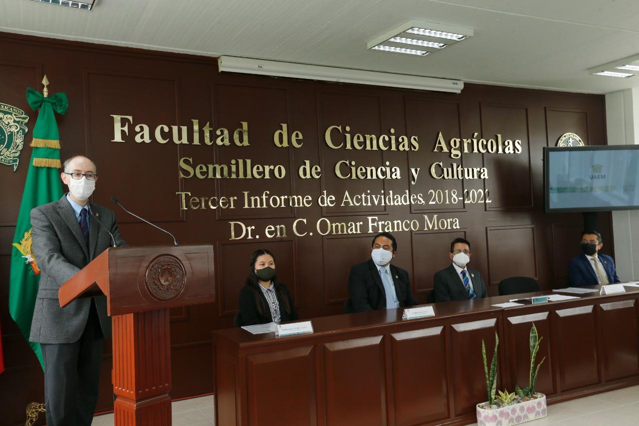 Comprometida la UAEM con el reto global de mejorar al sector agrícola: CEBD