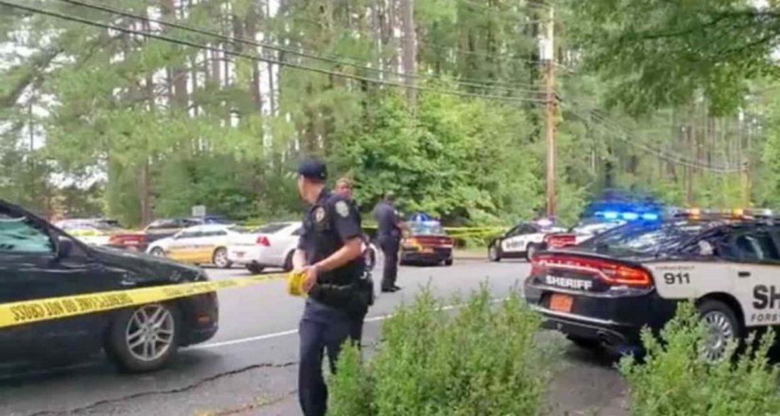 Reportan tiroteo en la secundaria Mount Tabor de Carolina del Norte