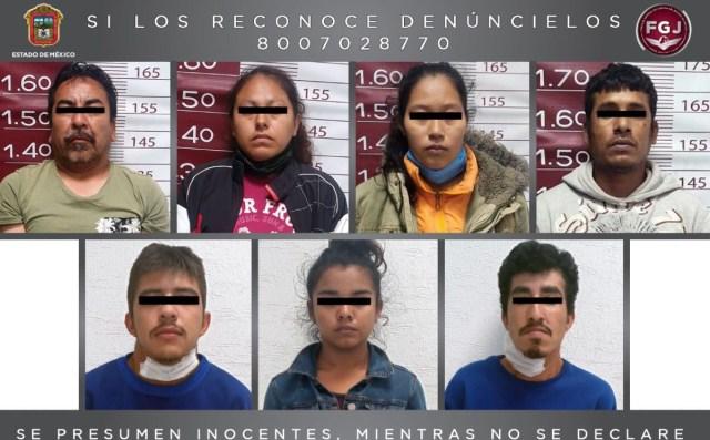 """De acuerdo con la Fiscalía General de Justicia del Estado de México (FGJEM) recientemente en acciones diferentes fueron detenidas cinco personas identificadas como Luis Enrique """"N"""", Celso """"N"""", Wendy """"N"""", Yuri Delsy """"N"""" y Pedro """"N"""", a quienes les localizaron envoltorios con droga y radios de comunicación, lo cual permitió realizar una serie de diligencias de inteligencia y campo con la cuales pudieron ubicar un predio en el cual al parecer se realizaban actividades delictivas."""