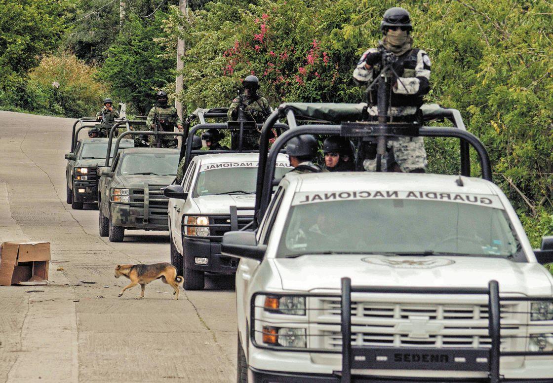 Pareja quita celular a secuestradores y escapa en Sonora