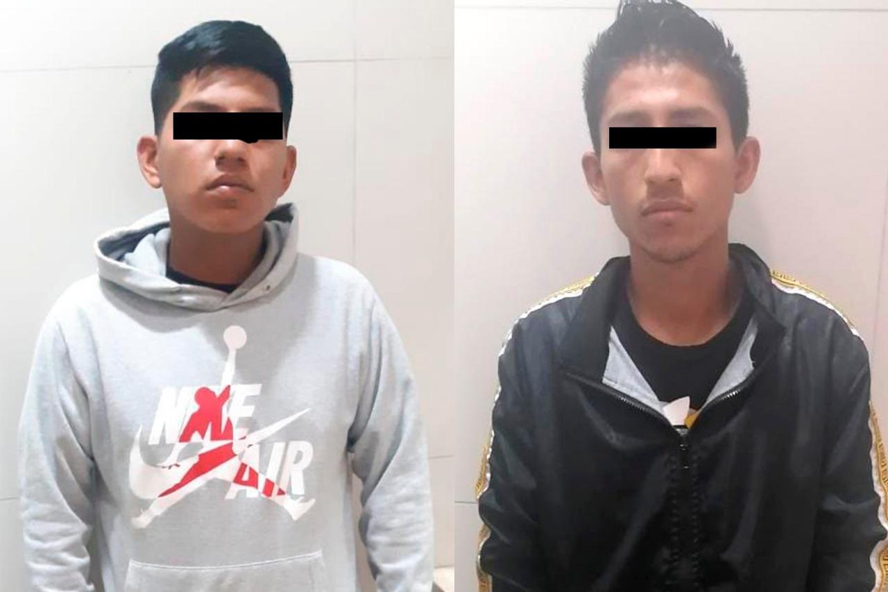 Policía de Ecatepec detiene a dos probables asaltantes de transporte público
