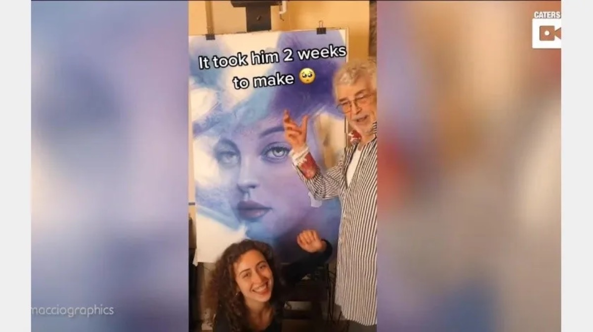 Hombre de 83 años causa furor con sus bocetos en TikTok