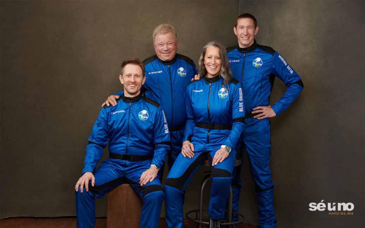 Viaja al espacio el  Capitán Kirk a bordo de una nave de Blue Origin