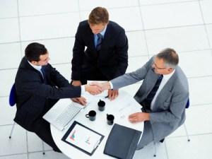 reunion de negocios, vestir para impresionar