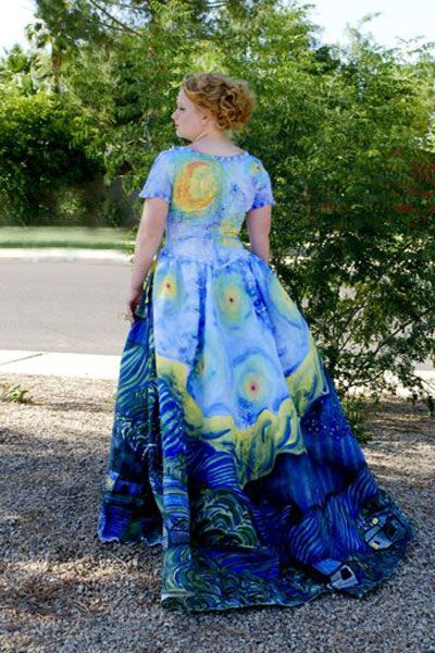 """Last year, killer artist Julia turned a simple $40 dress into a mesmerizing recreation of Van Gogh's famous """"Starry Night"""" painting."""