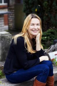 (c) Jannette Kneisel