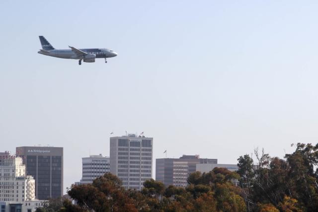 Аэропорт Сан-Диего. Аэрбас 319 (Airbus 319) авикомпании Spirit