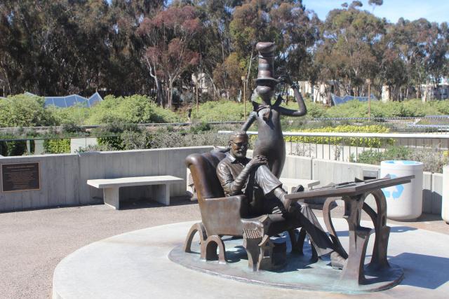 Сан-Диего. UCSD. Гейзель (Geisel)