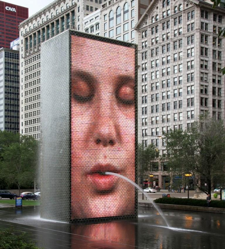 Чикаго Достопримечательности Миллениум парк Королевский фонтан Chicago Millennium Park Crown Fountain