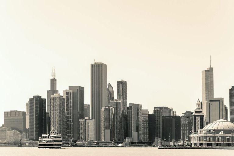 Чикаго. 3 самые большие высотки: Уиллис-Тауэр, AON Центр и Трамп Тауэр