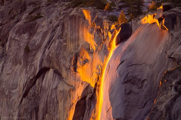 Парк Йосемити. El Capitan. Водопад Horsetail
