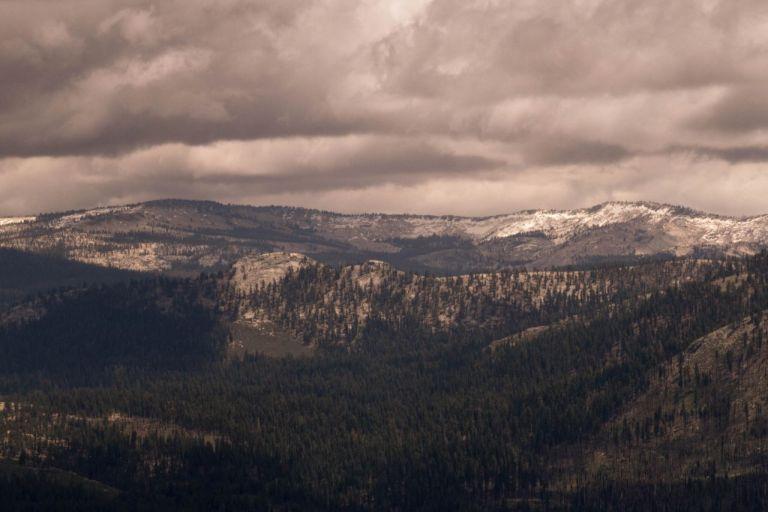 Йосемити парк. Горные долины