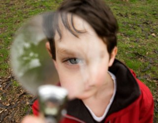 boy-magnifying-glass-lg