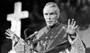ArchbishopFultonSheenPreach