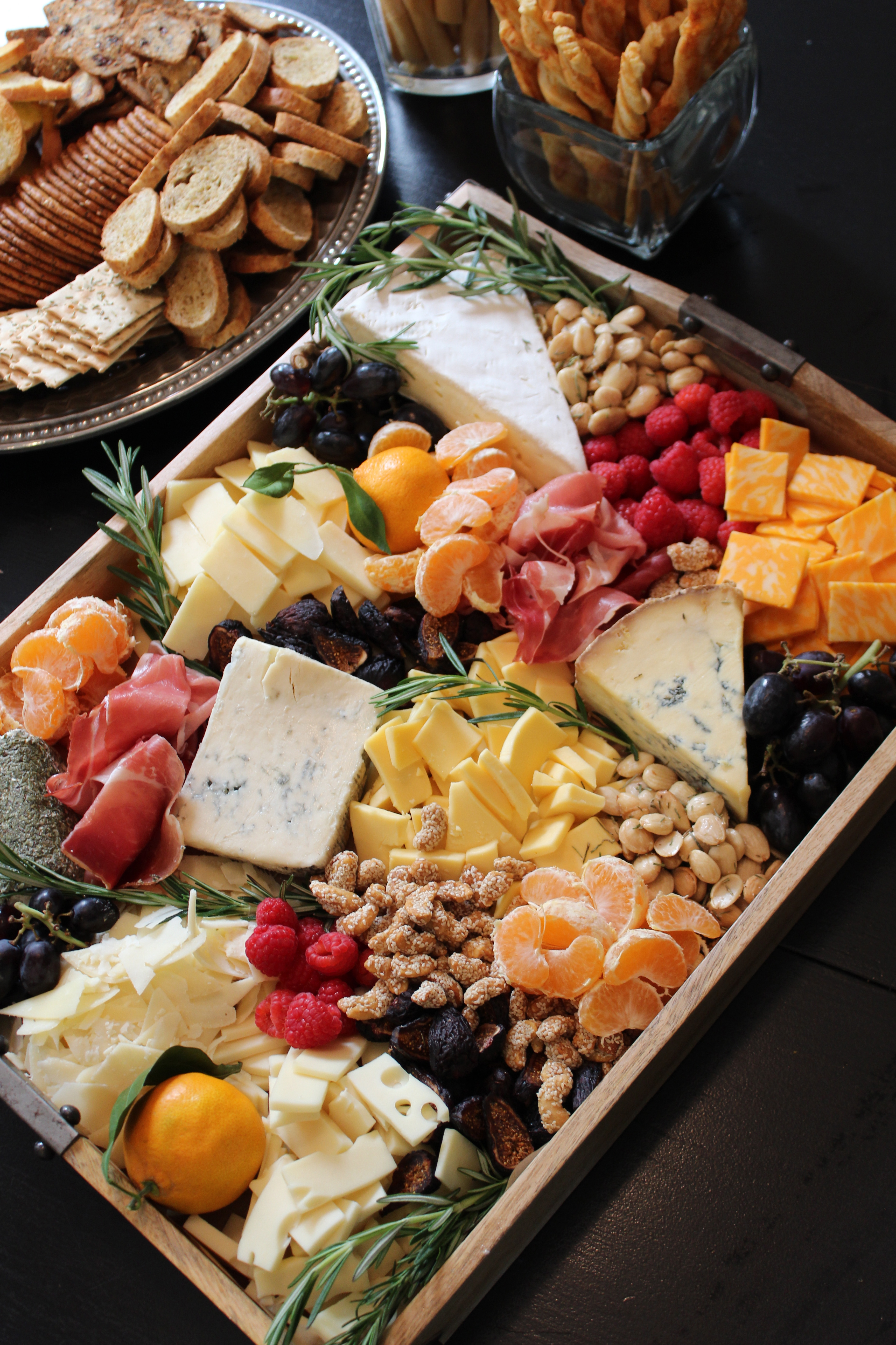 rustic fall cheese and fruit tray & Cheese and Fruit Tray: How-To - SevenLayerCharlotte