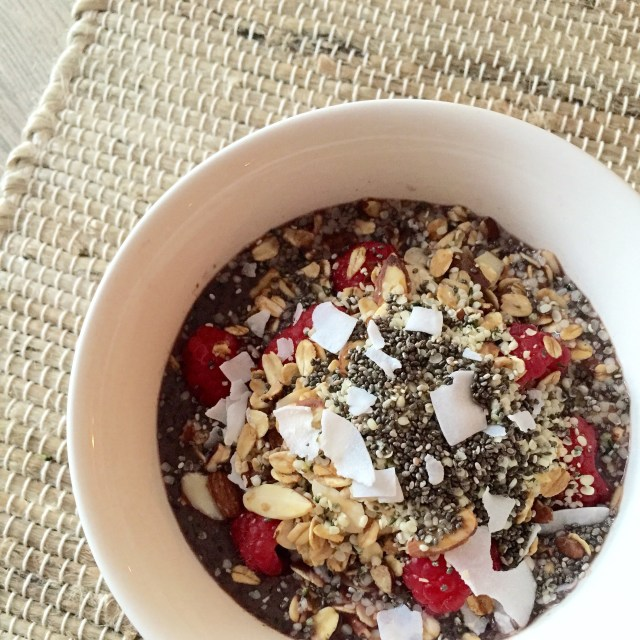 acai bowl recipe and other superfoods