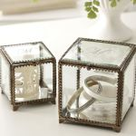 glass jewelry cube