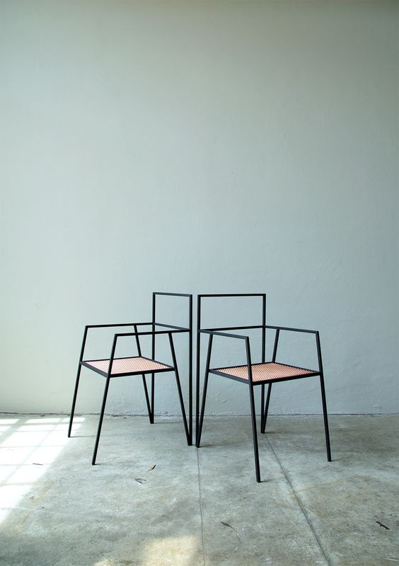 Abstract furniture to add up edginess