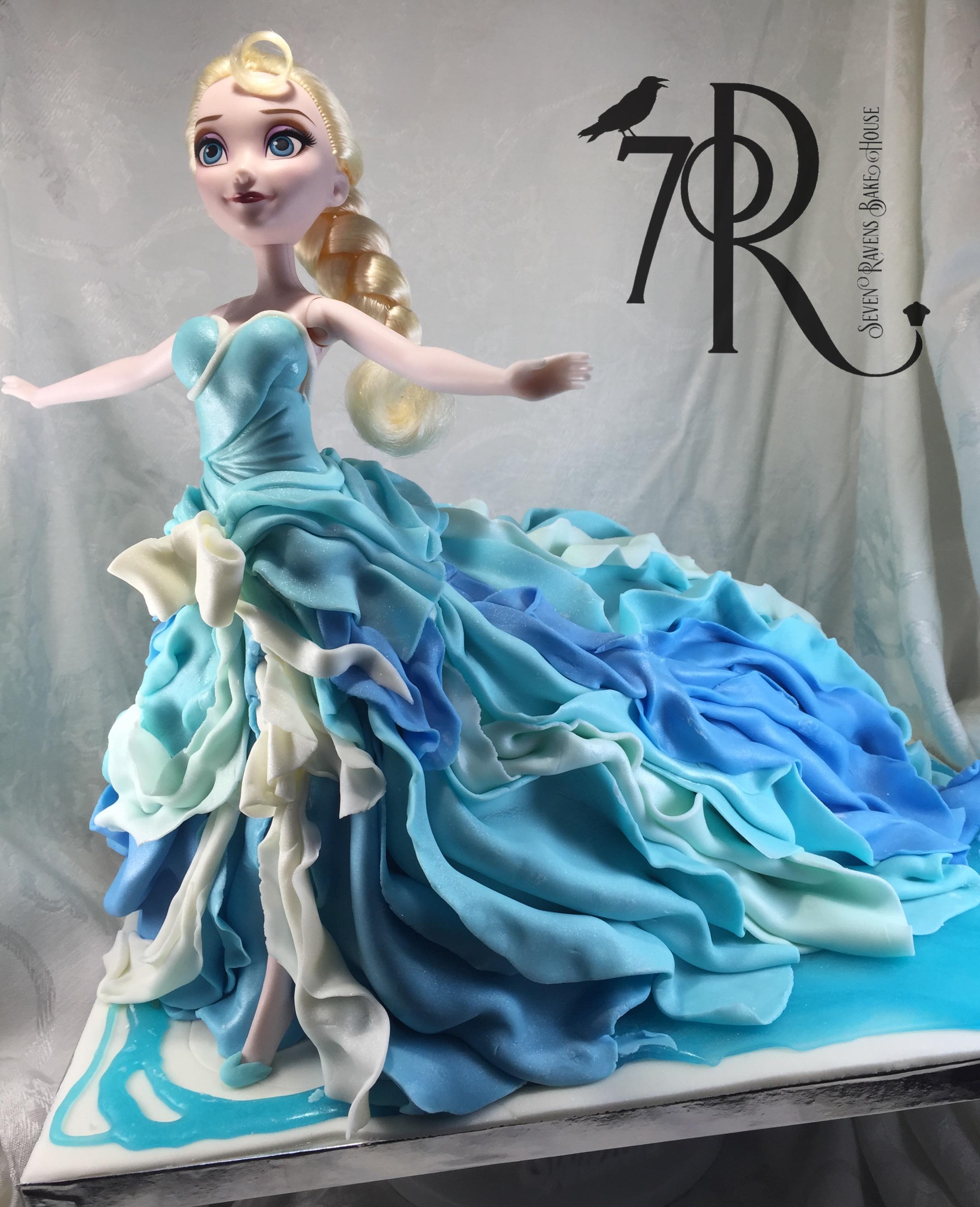 Frozen Character cake.