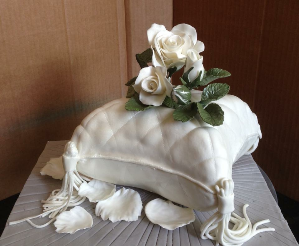 Small Wedding favor Cake with gum paste rose.