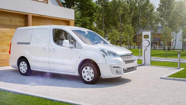 Elektrofahrzeuge für die Paketlieferung in Städten