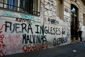 'English out of the Malvinas'